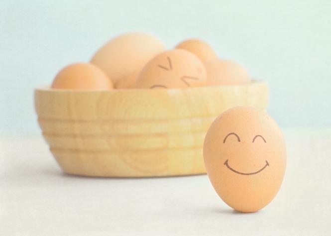 smiley egg